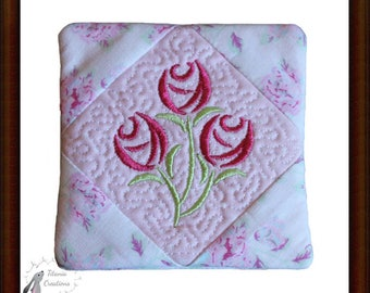 ITH Flower Mug Rug Machine Embroidery Design Pattern 4x4  by Titania Creations Instant Download.