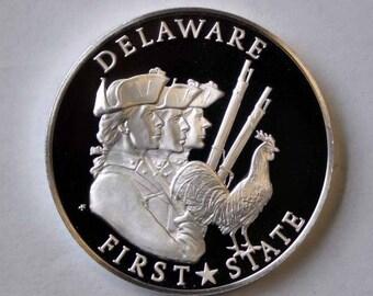 """1976 Franklin Mint Sterling Proof State 1 1/2"""" Bicentennial Medal Delaware 1oz."""
