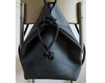 rucksack | handbag black minimal style
