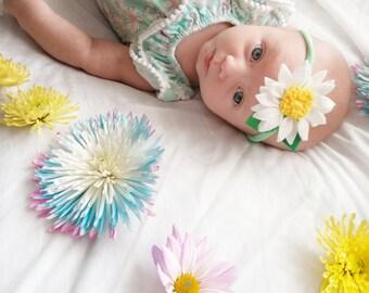 Newborn/baby daisy on nylon headband