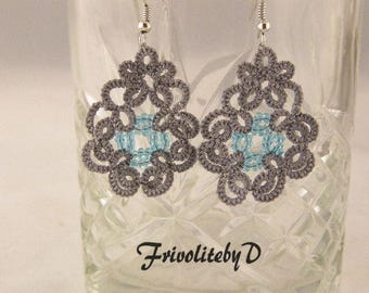 """Frivolité earrings """"Drop"""" in grey polyester with blue glass beads"""