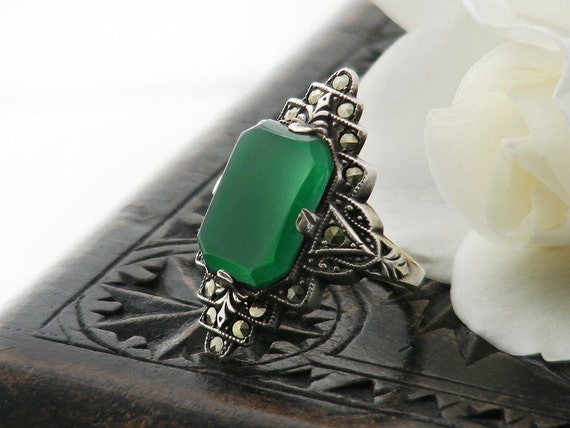 Vintage Art Deco Chrysoprase Ring, Marcasite & Sterling Silver Green Chalcedony Gemstone Ring - Ring US ring size 5, UK ring size J 1/2