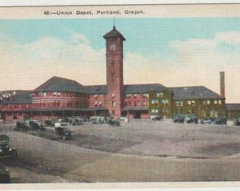 Linen Postcard, Portland, Oregon, Union Railroad Depot, ca 1925