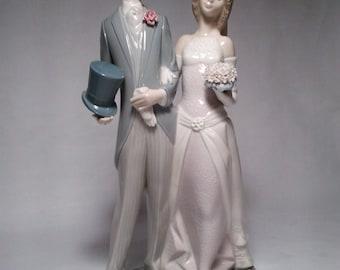 "Lladro Wedding Couple in Pristine Condition with box - 12"" x 6-1/2"""