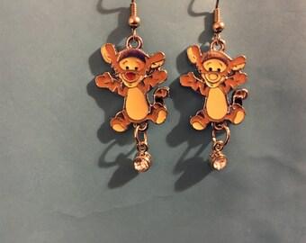 Tigger Winnie the Pooh Earrings  L4