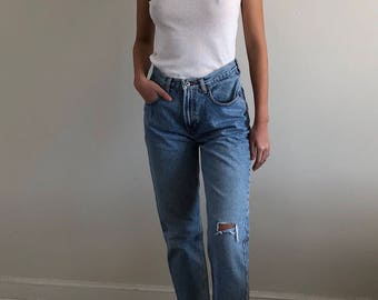 vintage gap jeans / distressed jeans / high waisted jeans / 80s jeans | 28W