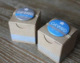 Set of 10 custom badges (baptism-birthday-wedding) kraft boxes