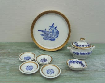 Antique Miniature Dolls House Part Dinner Service, Blue White Delft Style China, Tureen, Bowls, Tray