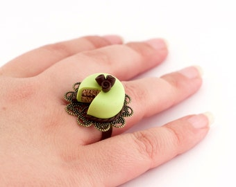 Miniature cake ring - pistachio cake ring - marzipan cake ring - adjustable ring - food jewelry - food miniature - valentines gift idea