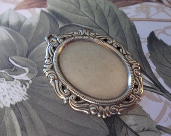 Vintage Inspired 25X18mm Antiqued Brass Swag Design Setting - Qty 2