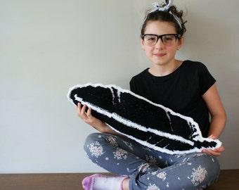 "DIY Knitting PATTERN - Feather Pillow - 26"" long (2016018)"