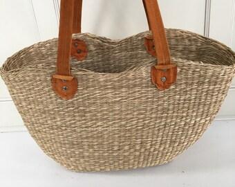 Vintage straw market bag - woven tote bag