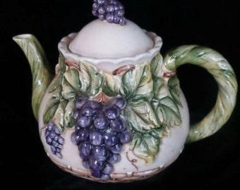 Teapot by Tarkahashi©