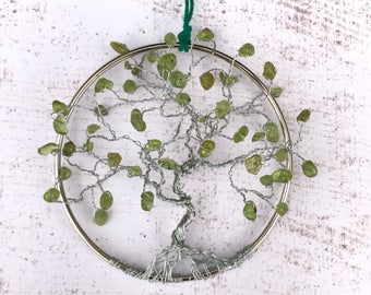 Crystal Suncatchers, Green Peridot Gems, Tree of Life Hanging, Tree Suncatcher, Spring Suncatcher, Birthday Gifts, Gifts for Friends