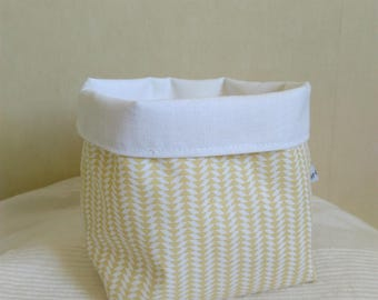Tidy basket fabric yellow and white triangles