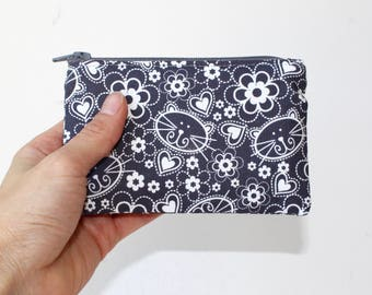 Little Zipper Pouch. Small Zipper Coin Purse. Small Zipper Bag in Gray and White with Cats, Flowers and Hearts