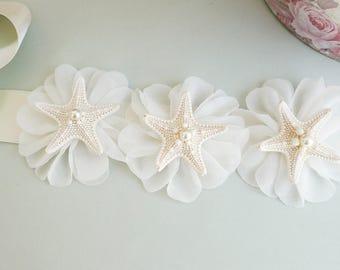 Shell Bridal Sash, Beach Wedding Sash, Bridal Sash, Ivory Belt, Starfish bridal sash, Shell Wedding Dress, Beach Bridal Sash, Seashell sash