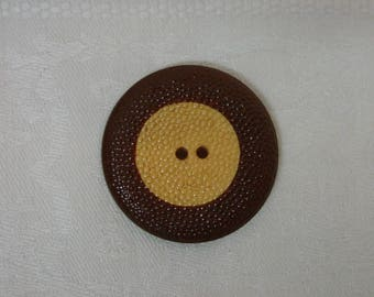 Vintage Bakelite Bumpy Cookie Button Chocolate and Butterscotch 1 5/16""
