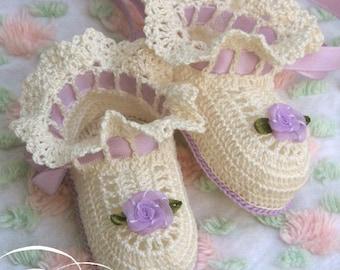 Crochet Pattern Baby Ruffles Booties