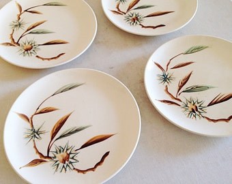 Set of 4 Vintage Salad or Dessert Plates 1940s/1950s Handpainted Pineland