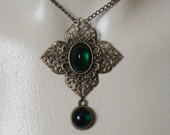 Bronze and green fantasy seampunk pendant necklace