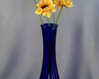 Cobalt Blue Glass Bud Vase // Collectible // Simple // Perfect Cobalt Color