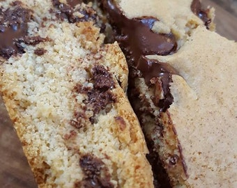 Big Fat Biscotti -chocolate chip