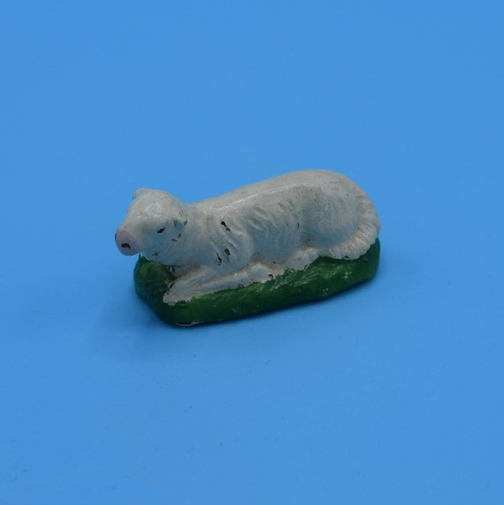 Chalkware Sheep Figurine Vintage White Chalk Lamb on Grass Mini Figurine Plaster Nativity Animal Figurine Replacement Gift for Her