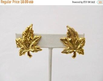 On Sale Vintage Textured Leaf Earrings Item K # 2580