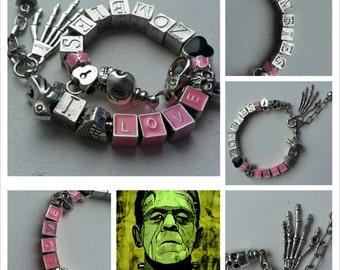 I love zombies bracelet.