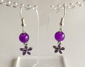 Boucles d'oreilles violettes fleurs