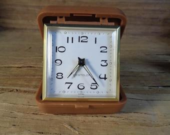 Vintage Westclox  Brown Case Travel Tour Alarm Clock, Collectible Vintage Clocks, Vintage Alarm Clock, Table Clock