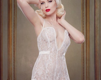 Wedding Night Teddy, Ivory Lace and Silk Teddy for Brides, with satin straps.  Inspired by Marilyn Monroe, Pin-up Girl, Retro, Vintage Style
