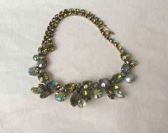 Lovely Regency necklace - olivine with chrysolite and ab accents