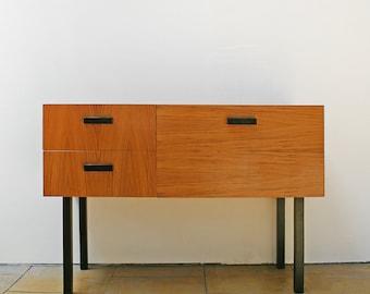 Jahrgang minimalistischen rechteckigen Holz Nachttisch Retro Mid Century Modern Mini Anrichte Loft Studio Home Decor skandinavischen MCM West Germany