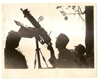 Vintage Military Photo-Silhouette Death\/Anti-Aircraft