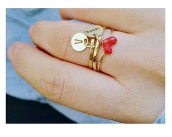 Hammered brass ring with customizable tag