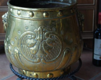 Antique Very Big Brass embossed Planter with Lion Heads Handles Metal trivet