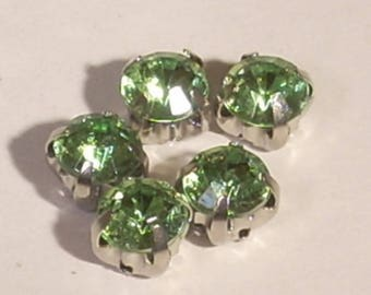 Set of 5 kittens mounted clear 6mm Green crystal glass