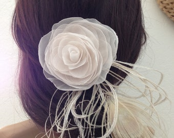 Champagne Blush Bridal Hair Fascinator Ivory Peacock Feathers