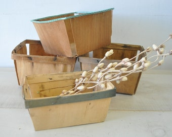 Natural Organization--4 vintage wood strawberry baskets--eco friendly