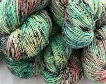 Paper Flowers - Superwash Blue Faced Leicester 4 Ply 100g