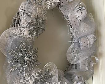 Snowflake Winter Silver Wreath