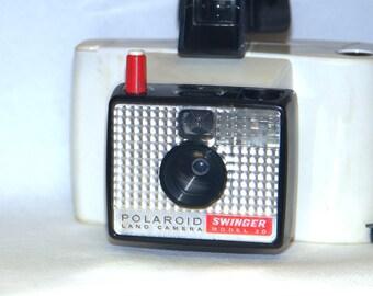 Polaroid Swinger 20
