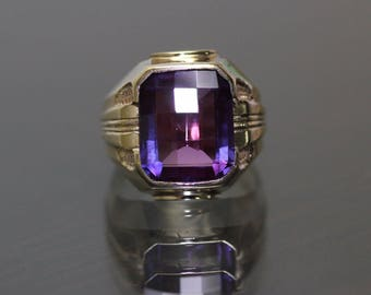Designer ECCO 10k Yellow gold Natural Emerald cut Amethyst solitaire Ring 5.5ct