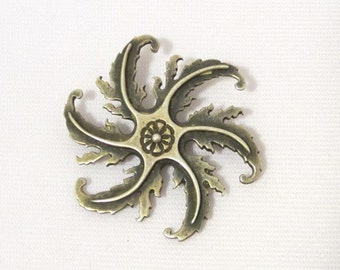 Antique Art Deco Sterling Silver Flower Pin Brooch