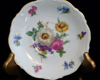 "Meisson Floral 5 7/8"" Saucer, By Mittereich Bavaria, Made In Germany, Gilt Trim, Sweet !"
