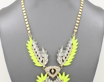 Edgy Crystal Pendant Necklace Set (more colors options)