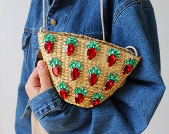 Strawberry Crystal Woven Straw bag