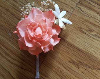 Wooden flower boutonniere, sola flower, dahlia boutonniere,  beach wedding,  beach flowers,  wedding flowers,  pin on flowers, sola wood